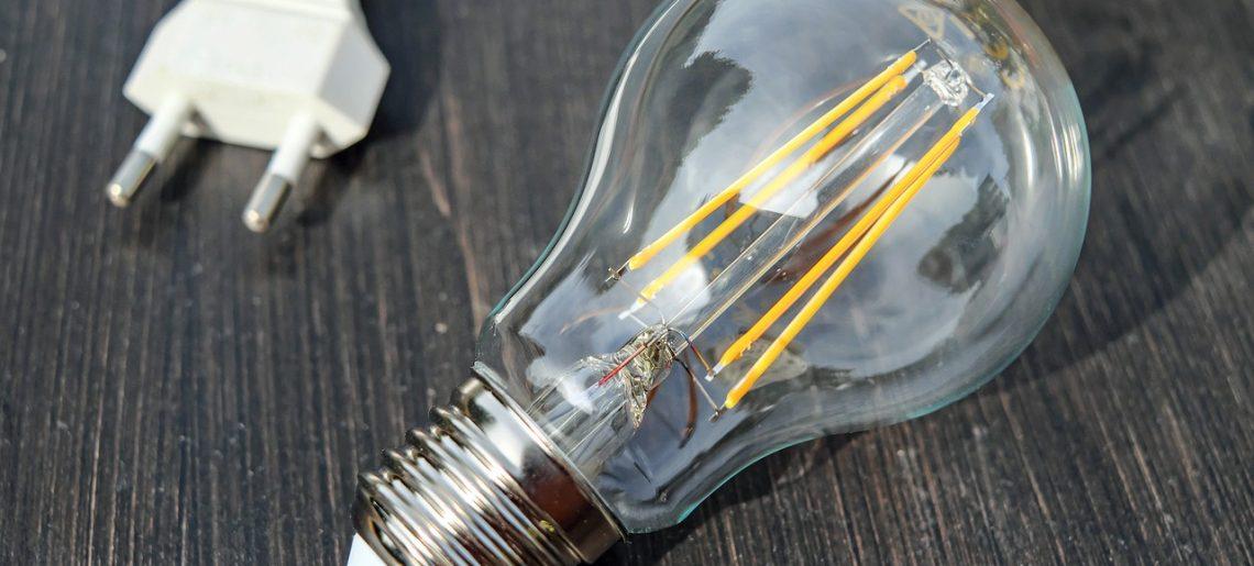 Dlaczego oświetlenie LED wyparło żarówki wolframowe?